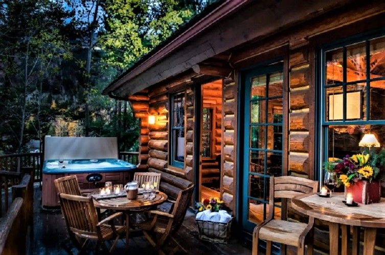 10 Amazing Airbnb Rentals Near Us National Parks