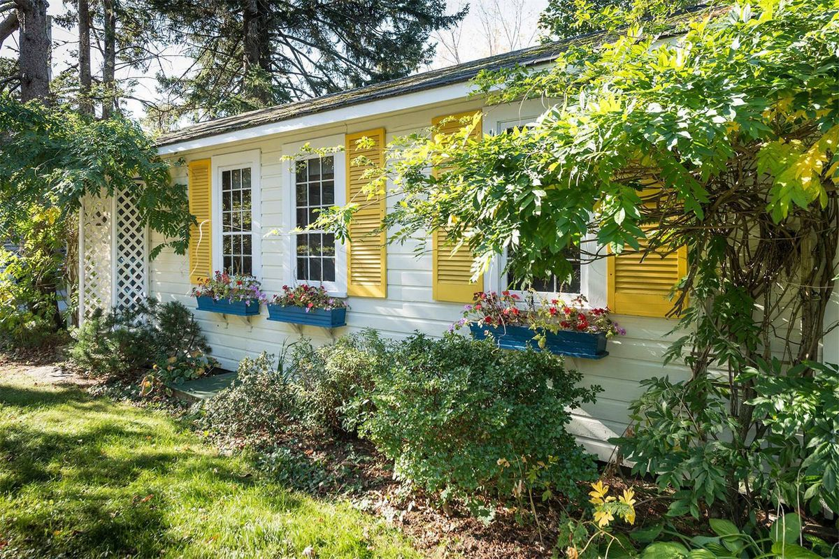 Cute Beach Cottage With Tiny Sunroom Asks 425K  Curbed