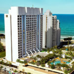 Mantra On View Hotel Surfers Paradise  Destination Gold