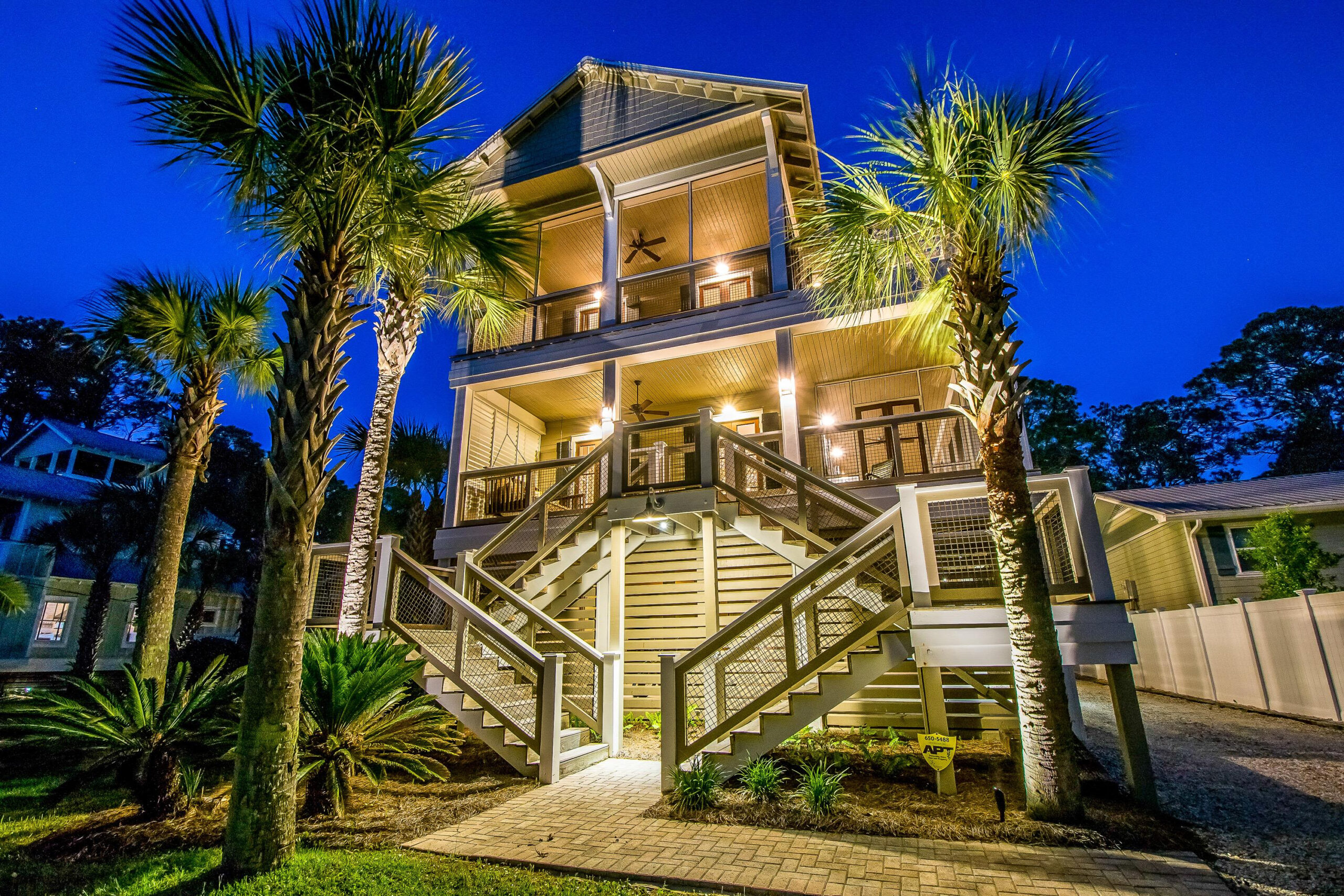 Southern Grounds 3 Bedroom Vacation Home Rental Santa