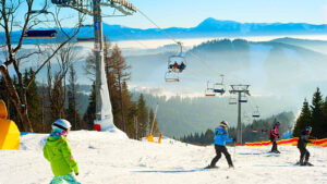10 Familyfriendly Ski Resorts In Japan With Images