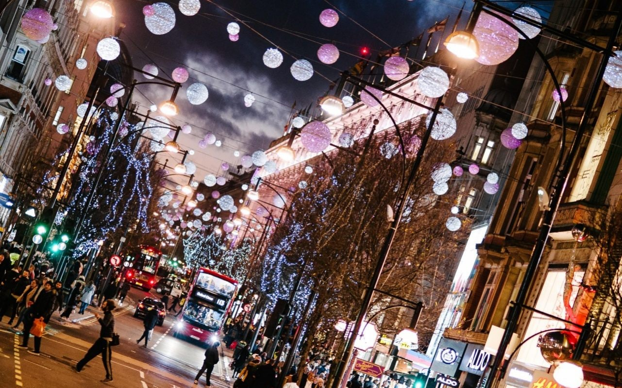 10 Of The Best Places To Go Christmas Shopping In Britain