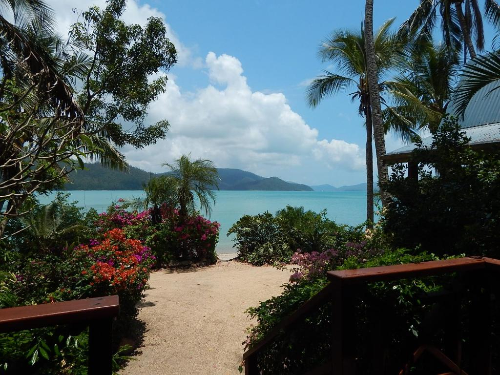 Best Price On Palm Bay Resort In Whitsunday Islands  Reviews