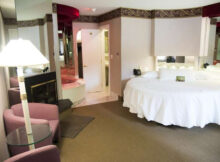 Book Pocono Palace Resort In East Stroudsburg  Hotels