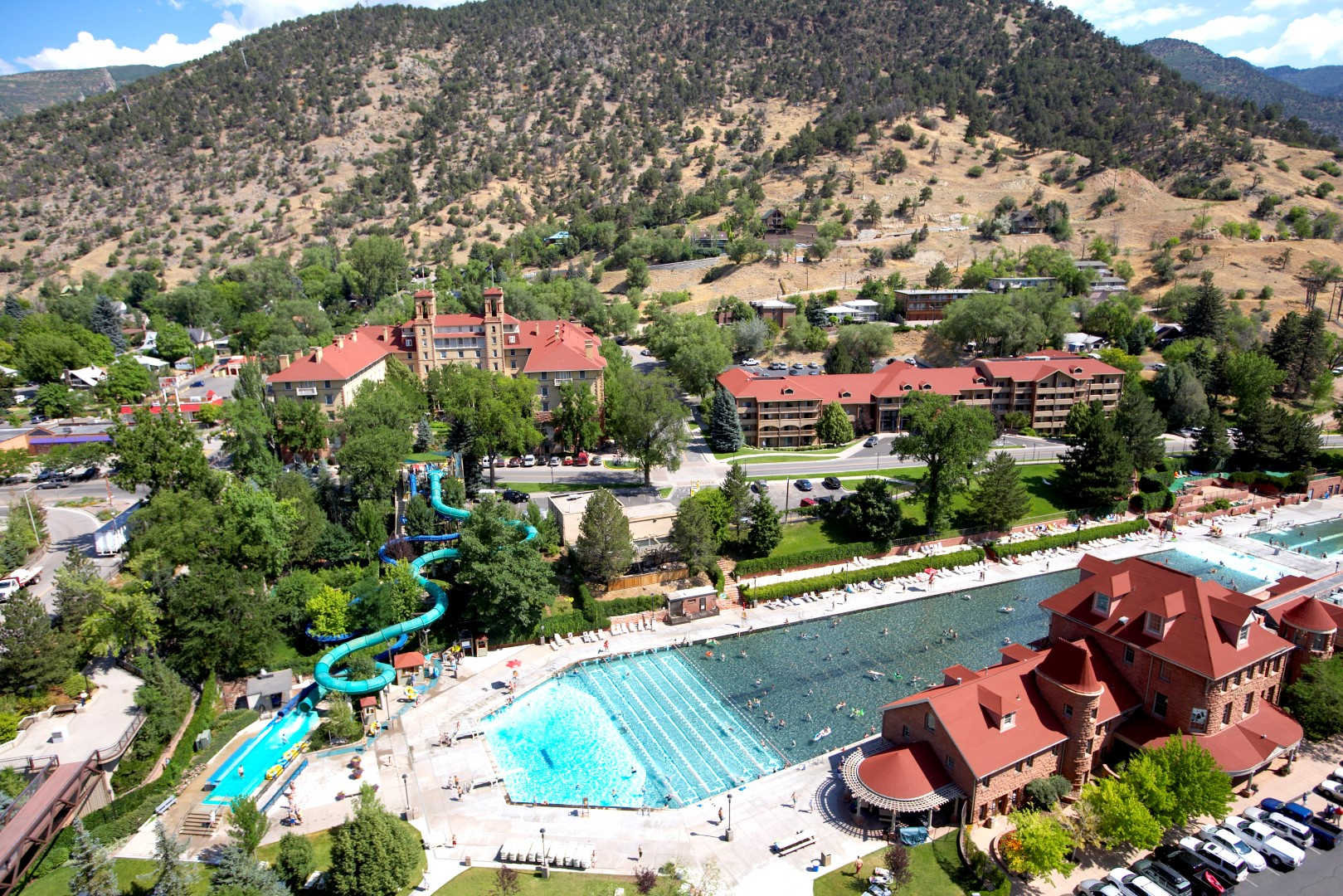 Glenwood Hot Springs To Purchase Hotel Colorado In Early
