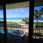 Gulf Front Studio Condo With Panoramic Ocean View Directly