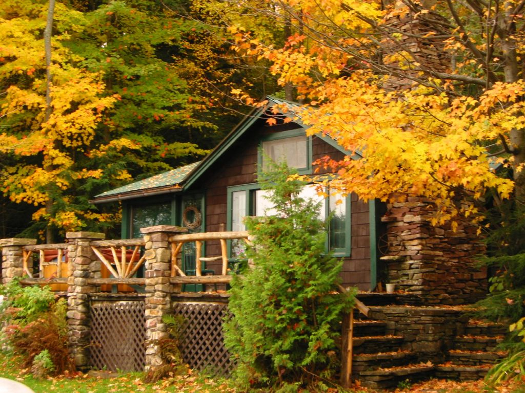 Lakefront Cottages And Homes  Vrbo