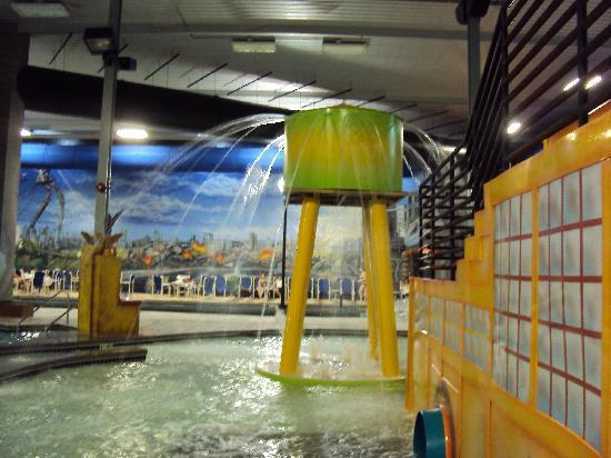 Lots Of Fun  Picture Of Metropolis Resort Eau Claire