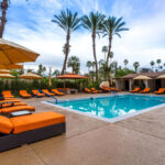 Luxury King W/View  Little Paradise Hotel  Palm Springs