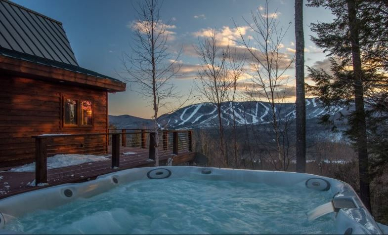 Magnificent Luxury Cabin Rental With Hot Tub Near White