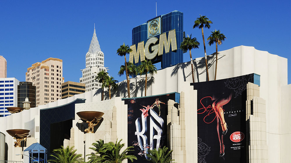 Mgm Resorts Announce Layoffs Closures As Business