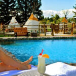 Saratoga Hot Springs Resort In Wyoming Will Completely