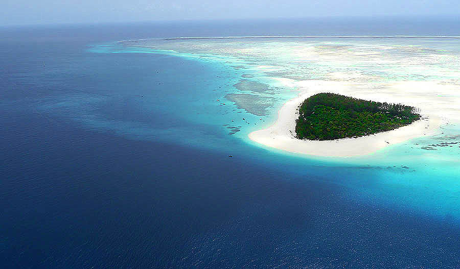 Top 10 Most Tropical Islands To Travel Now