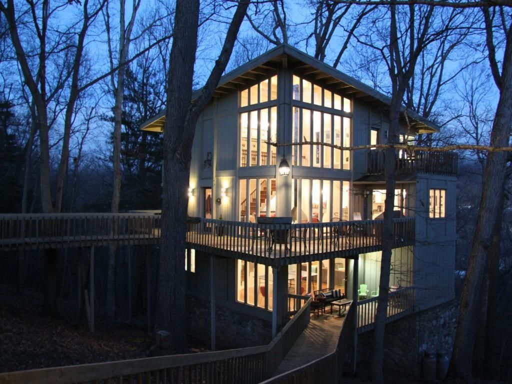 Tree Tops  Stunning ' Treehouse' With Upsc  Vrbo