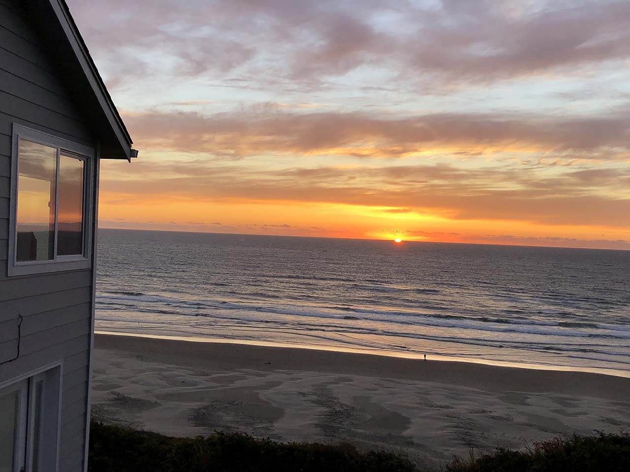 View House Cottage  Newport Oregon Vacation Rentals