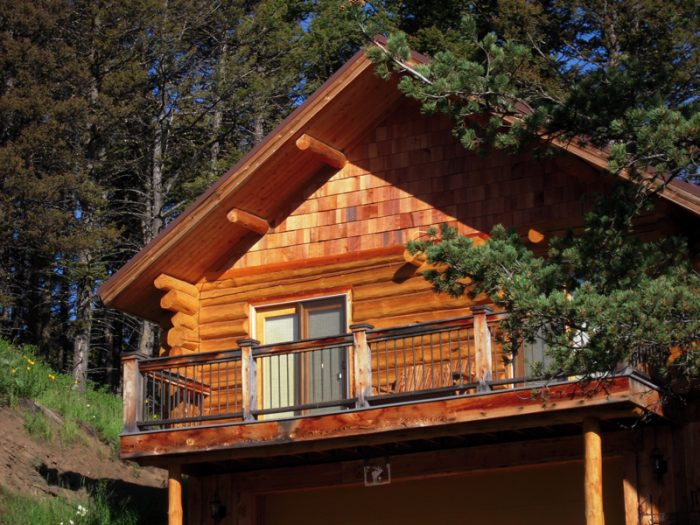 10 Cozy Cabins Perfect For A Fall Getaway In Montana