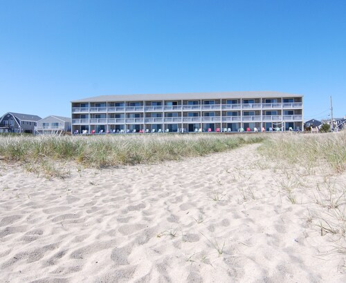 Cape Cod Beach Hotels  Oceanfront Hotels From 65