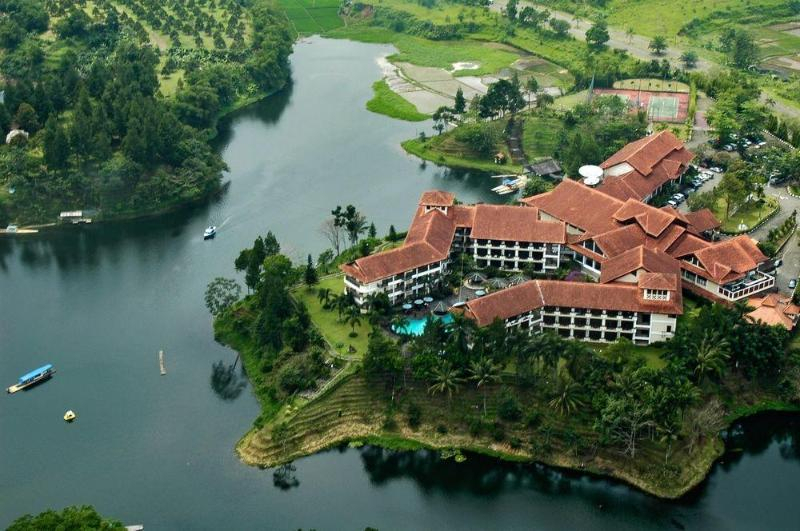 Lido Lakes Resort And Conference  Hotel Murah