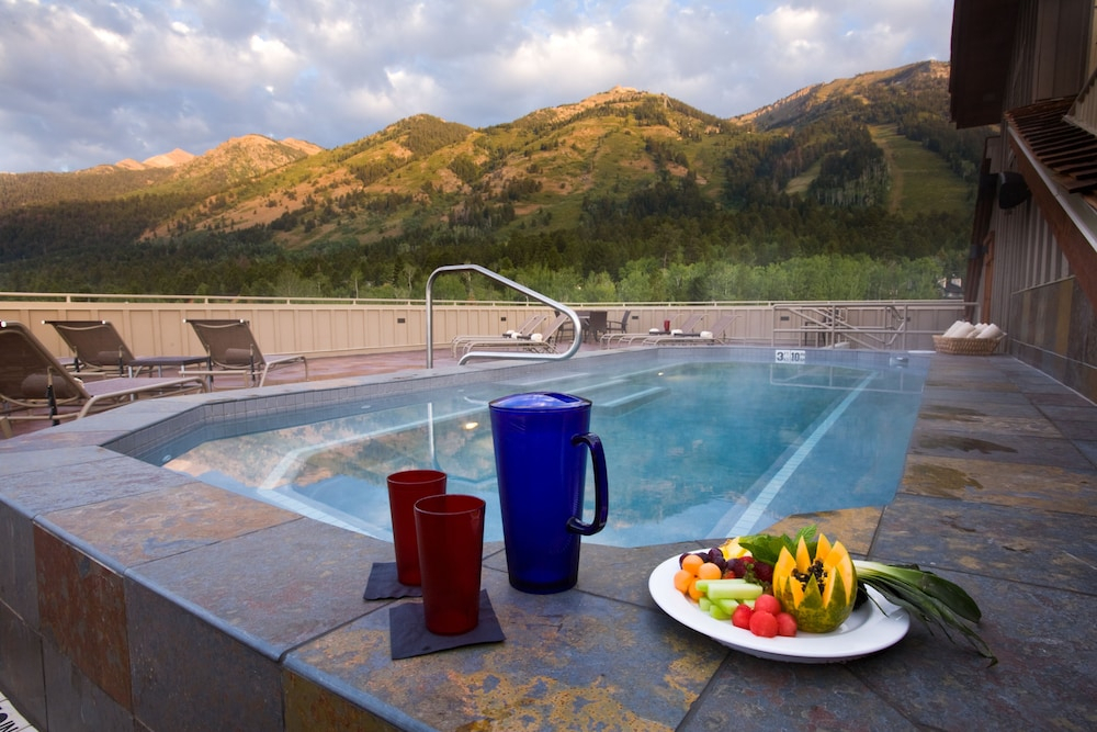 Teton Mountain Lodge And Spa  A Noble House Resort In
