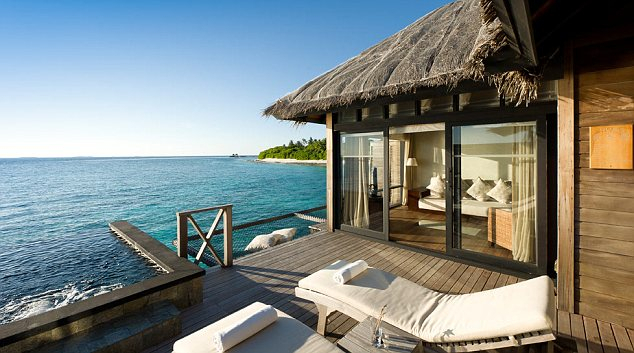 The Beach House Maldives Is Heavenly Even If You'Re Not